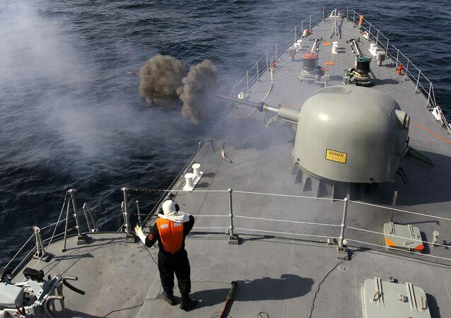 Iran rozpoczął w niedzielę doroczne manewry morskie w Zatoce Perskiej i na Oceanie Indyjskim.
