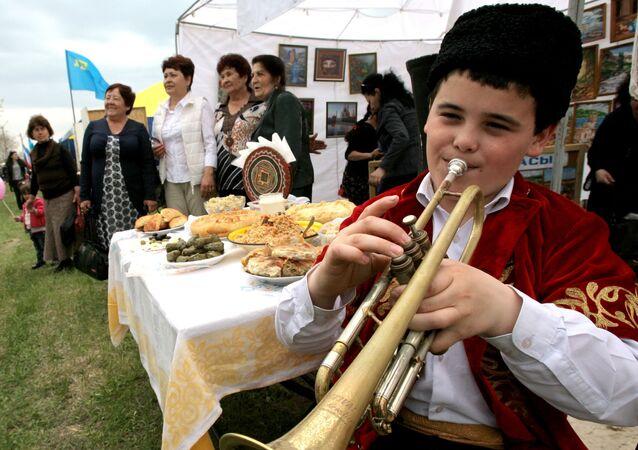 Tatarzy krymscy obchodzą święto wiosny