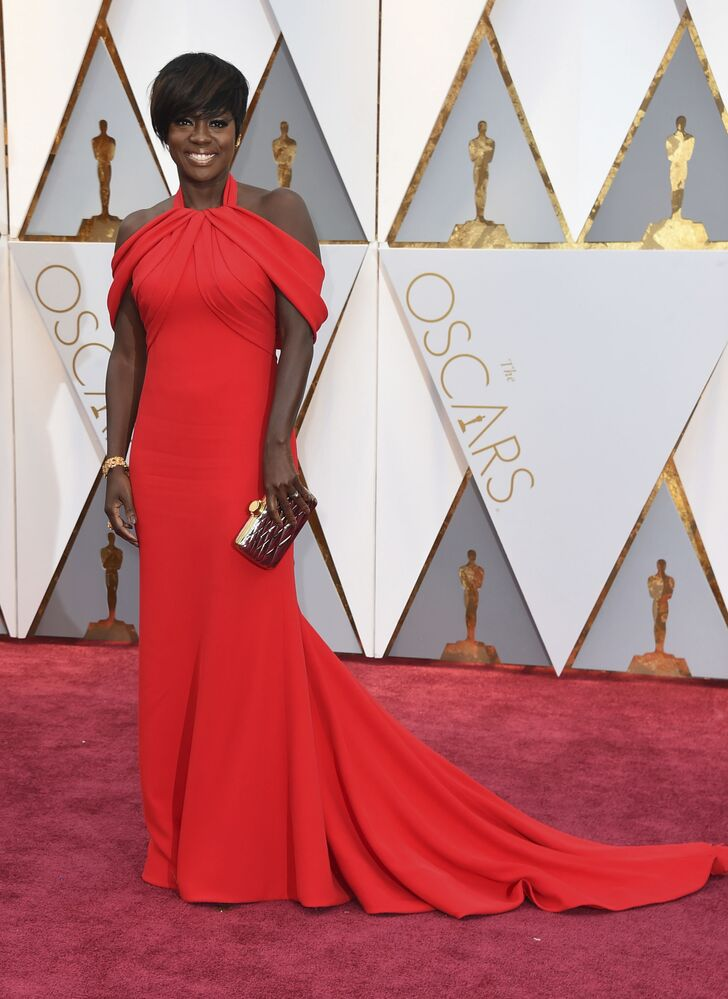 Aktorka Viola Davis na czerwonym dywanie podczas ceremonii wręczenia Oscarów 2017