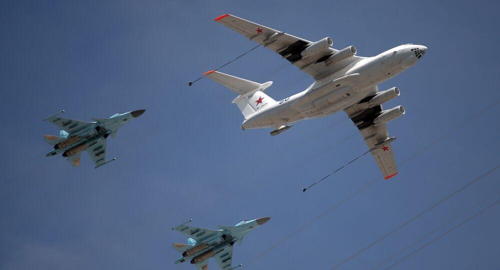 Tankowanie w powietrzy z udziałem Ił-76 i MiG-31