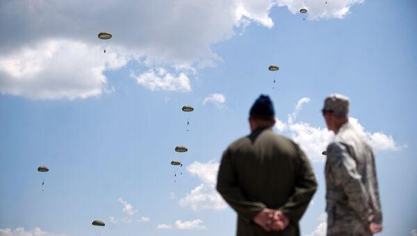 Łączny budżet NATO wynosi ponad bilion dolarów. 70% tej kwoty wpłacają Stany Zjednoczone - Sputnik Polska