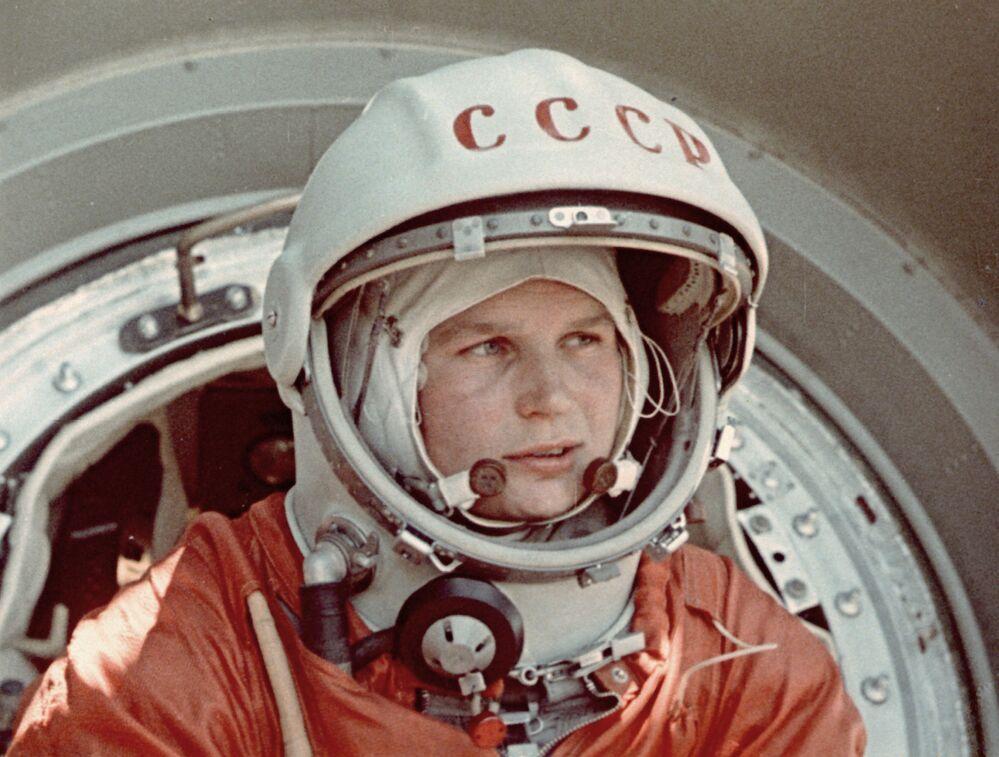 W marcu 1962 roku Walentina Tierieszkowa została wybrana jako kandydatka na kosmonautkę i skierowana na szkolenie dla kosmonautów.