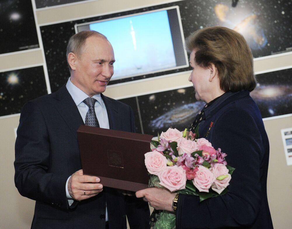 Tierieszkowa otrzymała wiele medali i orderów. M.in. jest Bohaterką Związku Radzieckiego i laureatką Państwowej Nagrody Federacji Rosyjskiej.