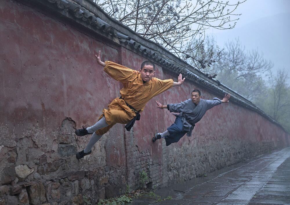 Autor: Luo Pin Xi (Chiny). Kategoria profesjonalna: Sport.