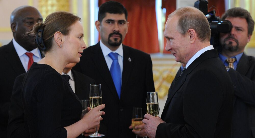 Ambasador RP Katarzyna Pełczyńska-Nałęcz i prezydent Rosji Władimir Putin na Kremlu