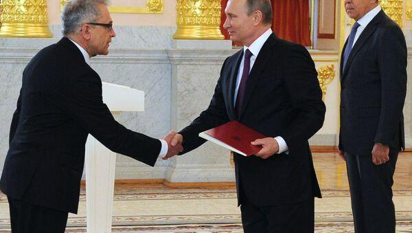 Władimir Putin i ambasador RP Włodzimierz Marciniak - Sputnik Polska