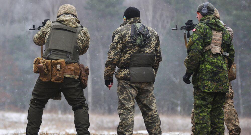 Kanadyjscy instruktorzy trenują ukraińskich żołnierzy