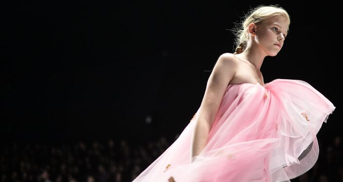 Mercedes-Benz Fashion Week Russia. Kolekcja Dla Barbie od Alony Achmadulinej