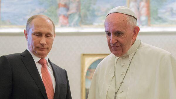 Prezydent Rosji Władimir Putin i Papież Franciszek, 10 czerwca 2015 - Sputnik Polska