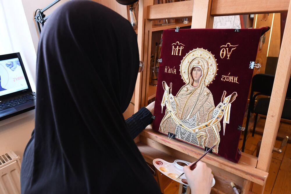Pracownia ikonografii w klasztorze.
