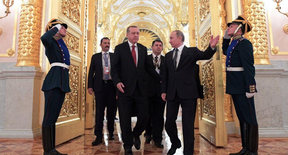 W piątek odbyły się rozmowy rosyjskiego przywódcy Władimira Putnia z prezydentem Turcji Recepem Tayyipem Erdoganem