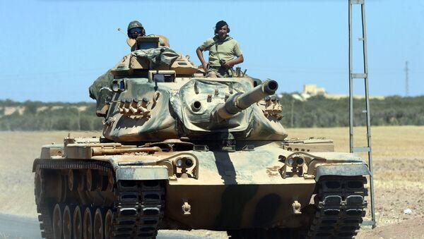 Tureccy wojskowi w czołgu. Zdjęcie archiwalne - Sputnik Polska
