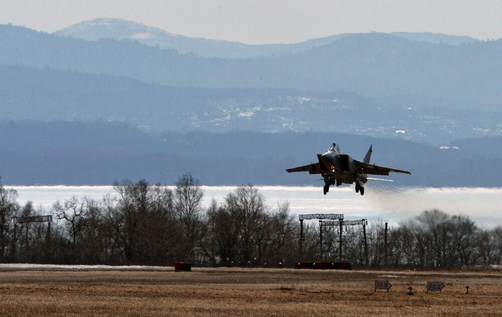 Ćwiczenia MiG-31 na Dalekim Wschodzie