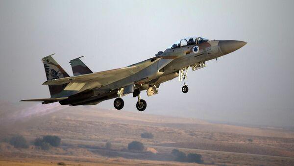 Izraelski myśliwiec F-15 - Sputnik Polska