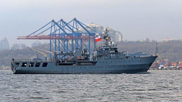 Polski okręt wsparcia logistycznego ORP Kontradmirał Xawery Czernicki - Sputnik Polska