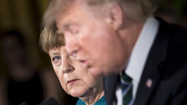 Kanclerz Niemiec Angela Merkel i prezydent USA Donald Trump - Sputnik Polska