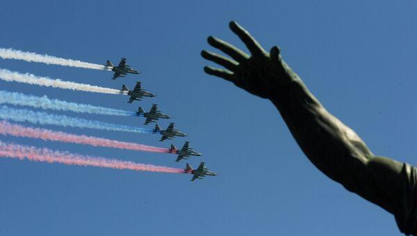 """Generał Hrycak jest znany z tego, że zobaczył """"rękę Moskwy"""" nawet w prognozie pogody - Sputnik Polska"""