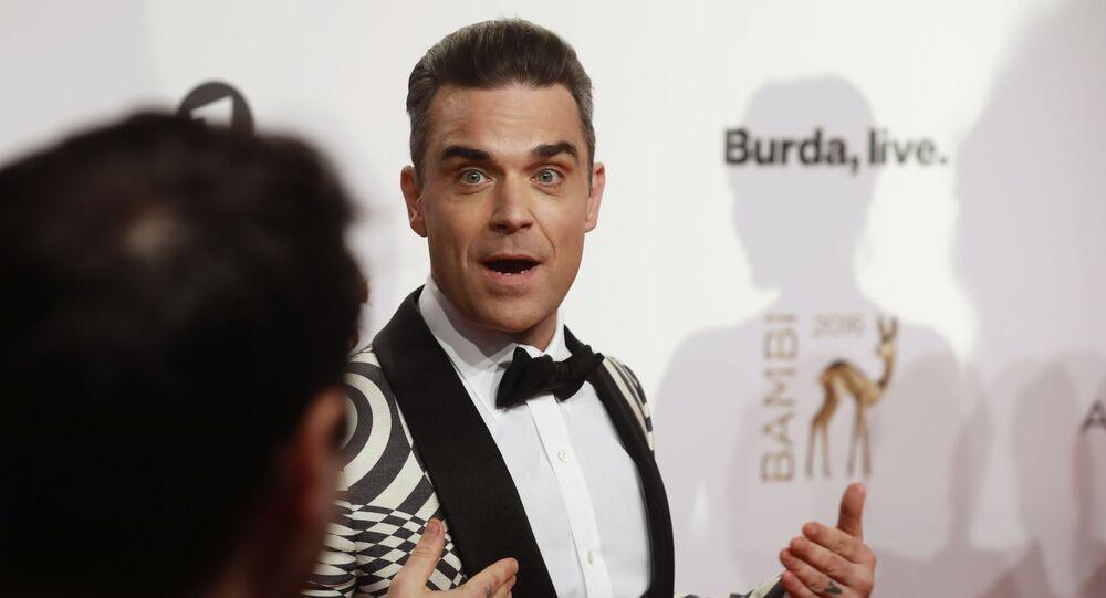 Brytyjski wokalista Robbie Williams