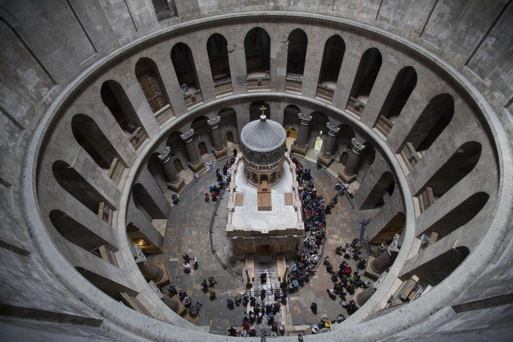 Greccy specjaliści zakończyli wczoraj konserwację Kuwukli - świątyni zgodnie z Ewangelią zbudowanej na miejscu jaskini, w której został pochowany i zmartwychwstał Jezus Chrystus.
