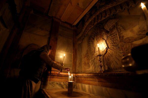 Kuwukla to niewielka kaplica zbudowana z żółto-różowego marmuru. - Sputnik Polska