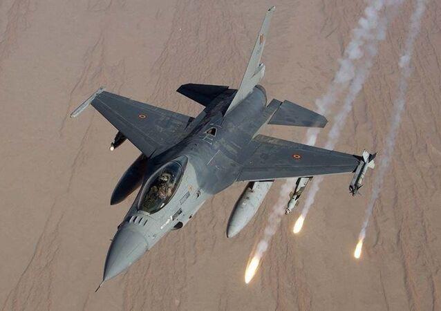 Myśliwiec F-16 Sił Powietrznych Belgii