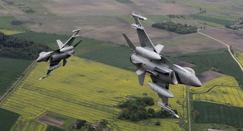 Samoloty NATO latają z wyłączonymi transponderami