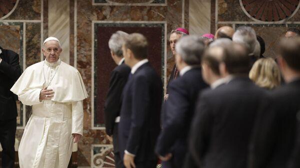 Papież Franciszek spotkał się w piątek z przywódcami Unii Europejskiej i szefami instytucji unijnych - Sputnik Polska