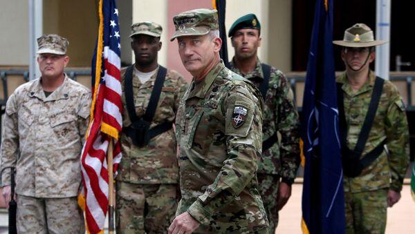 Dowódca amerykańskich sił zbrojnych w Afganistanie generał John Nicholson - Sputnik Polska