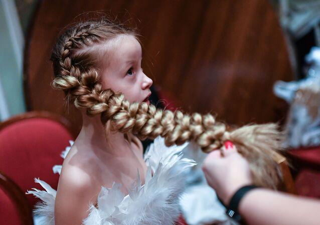 Uczestniczka konkursu Młoda rosyjska piękność 2017 w Moskwie