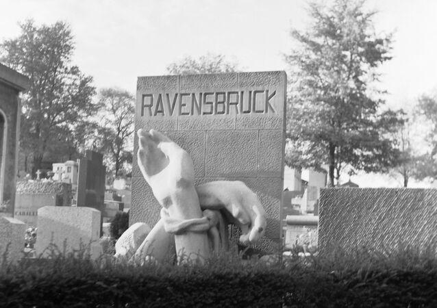 Pomnik ofiar obozu koncentracyjnego Ravensbrück