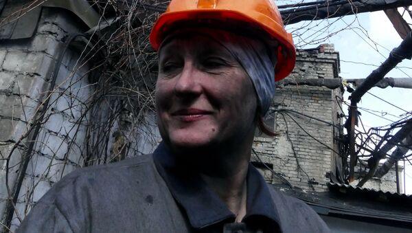 Górniczka w kopalni węgla w obwodzie donieckim - Sputnik Polska