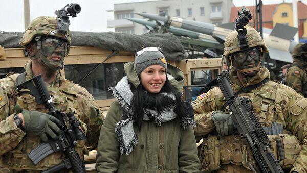 Ceremonia powitania amerykańskich wojskowych w Skwierzynie - Sputnik Polska