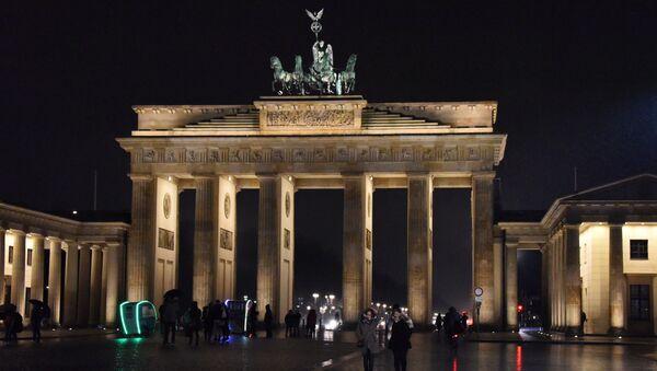 Brama Brandenburska w centrum Berlina, Niemcy - Sputnik Polska