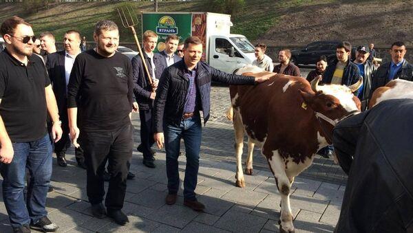 Lider Partii Radykalnej Oleg Liaszko na spotkaniu z rolnikami - Sputnik Polska