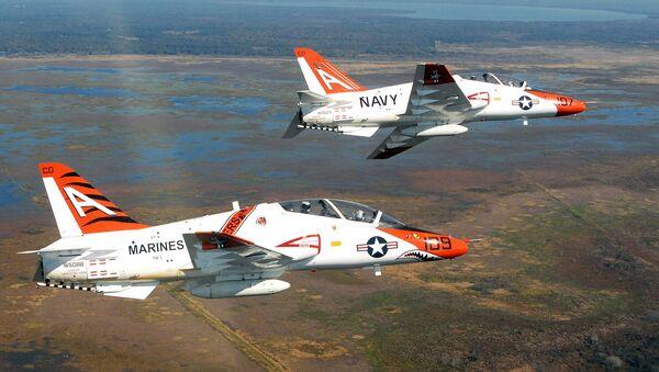 Amerykańskie samoloty szkoleniowe Boeing T-45 Goshawk - Sputnik Polska