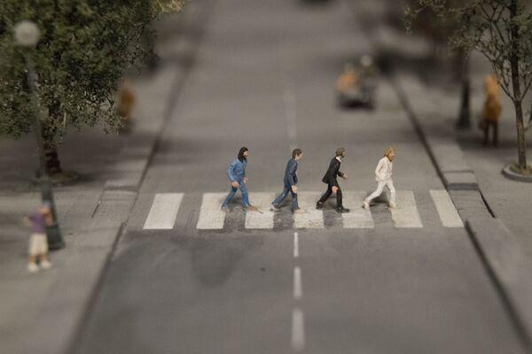 Makieta zespołu The Beatles na Abbey Road. - Sputnik Polska