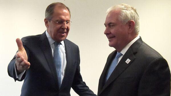 Minister spraw zagranicznych Rosji Siergiej Ławrow i sekretarz stanu USA Rex Tillerson - Sputnik Polska
