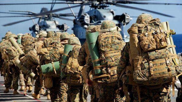 Żołnierze amerykańskiej piechoty morskiej - Sputnik Polska