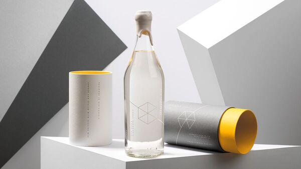 Polski oddział Google wypuścił na rynek swoją markę wódki w opakowaniu podarunkowym - Sputnik Polska