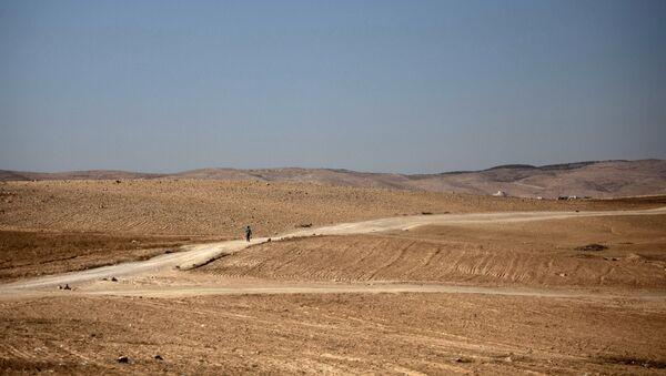 Widok na pustynię Negew w Izraelu - Sputnik Polska