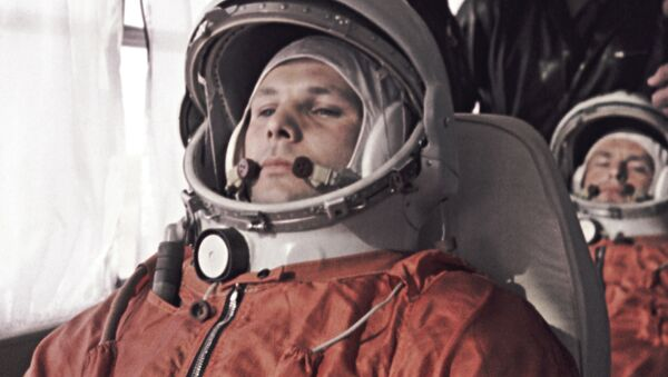 Do statku kosmicznego Jurija Gagarina odprowadzał nie jeden, lecz dwóch dublerów - German Titow i Grigorij Nielubow - Sputnik Polska