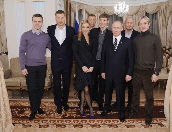 Tatjana Nawka okazała aktywne wsparcie kandydaturze Władimira Putina na stanowisko Prezydenta Federacji Rosyjskiej w 2012 roku. - Sputnik Polska