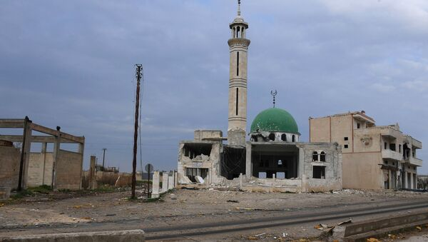 Zniszczony meczet w jednej z miejscowości na północ od syryjskiego miasta Hama - Sputnik Polska