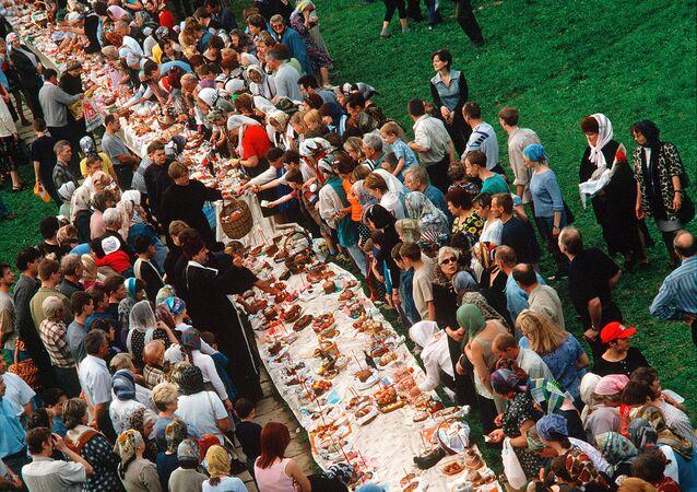 Święcenie pokarmów wielkanocnych w monasterze Zmartwychwstania Pańskiego w Istrze.