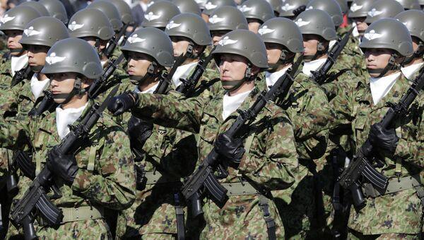 Żołnierze Sił Samoobrony Japonii w bazie Asaka - Sputnik Polska