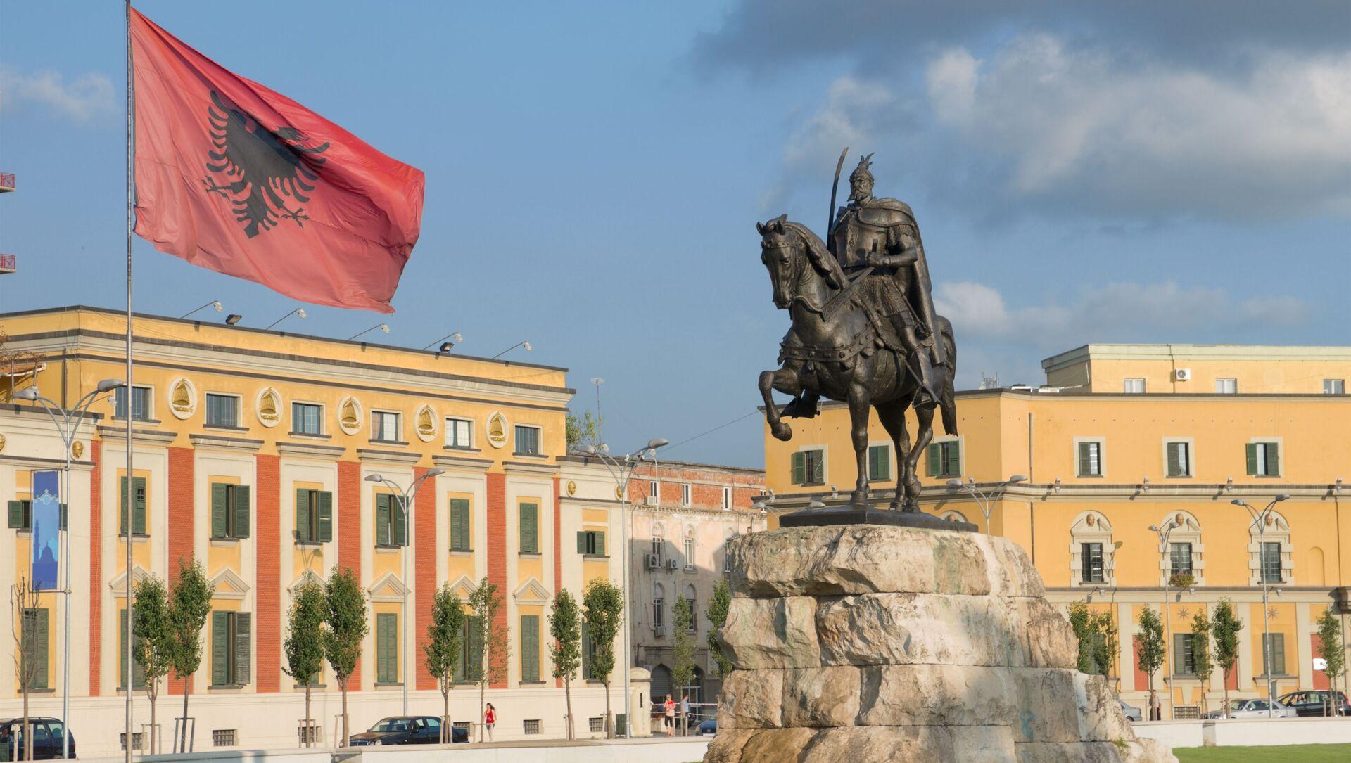 Plac Skanderbega w centrum Tirany, stolicy Albanii - Sputnik Polska, 1920, 25.04.2021