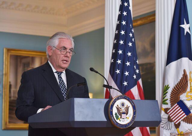 Sekretarz stanu USA Rex Tillerson na konferencji prasowej