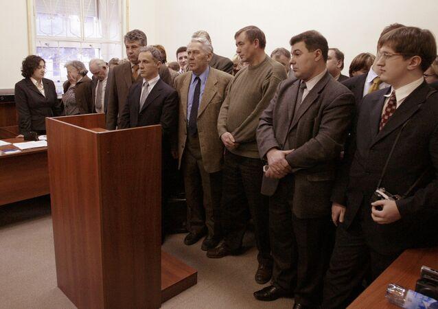 Członkowie Świadków Jehowy w sądzie moskiewskim