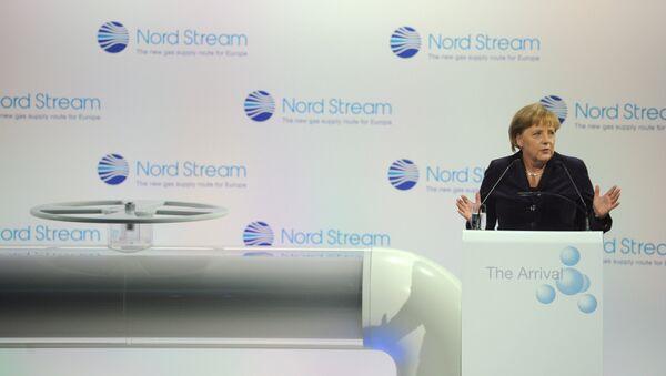 Kanclerz FRN Angela Merkel na ceremonii otwarcia gazociągu Nord Stream  w niemieckim Lubminie - Sputnik Polska