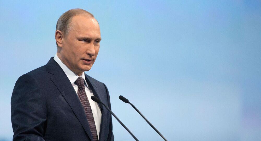 Prezydent Rosji Władimir Putin na sesji plenarnej Petersburskiego Forum Ekonomicznego